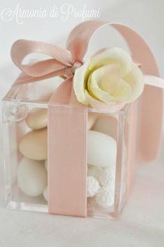 bomboniera matrimonio con rosellina
