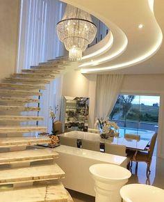 Escadas Mais uma linda inspiração para vocês! Projeto by Adriana Piva. @_decor4home
