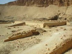 Templo de Mentuhotep                                                       …