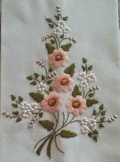 Embroidery Designs Jobs Online as Embroidery Patterns Hearts Hand Embroidery Videos, Floral Embroidery Patterns, Embroidery Flowers Pattern, Simple Embroidery, Hand Embroidery Stitches, Silk Ribbon Embroidery, Crewel Embroidery, Hand Embroidery Designs, Embroidery Kits
