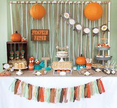 Little Pumpkin Rustic Fall Baby Shower Ideas halloween babyshower ideas Otoño Baby Shower, Baby Shower Themes, Baby Shower Parties, Baby Shower Gifts, Shower Ideas, Man Shower, Little Pumpkin Party, Baby In Pumpkin, Pumpkin Gender Reveal