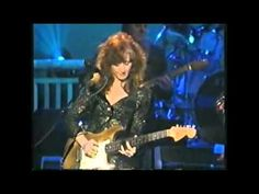 King and Bonnie Raitt - Night Life . I so love sexy blues and no one can do it better than these two! Saw BBKing when I was at KU! Rhythm And Blues, Jazz Blues, Blues Music, Music Mix, Sound Of Music, Music Love, Country Singers, Country Music, Lady Sings The Blues