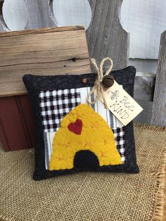 made from vintage quilt pieces. Fun little bowl filler to tuck into your summer displays. Bee Crafts, Sewing Crafts, Sewing Projects, Primitive Pillows, Burlap Pillows, Vintage Bee, Vintage Quilts, Bee Skep, Wool Quilts