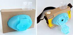 Cámara de juguete con materiales reciclados