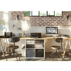 Un coin bureau pour deux Double Desk, Home Office Design, Office Designs, Tiny Living, Cladding, Room Inspiration, Living Room Furniture, Living Room Designs, Decor Styles