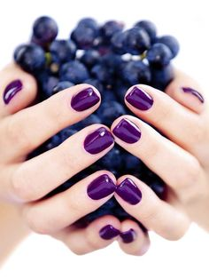45 So Damn Sexy Purple Nail Art Designs - Nagel Ontwerp Ongles Gel Violet, Nail Art Violet, Purple Gel Nails, Purple Nail Art, Gel Nail Colors, Fall Nail Colors 2017, Summer Nail Polish Colors, Plum Nails, Colorful Nails