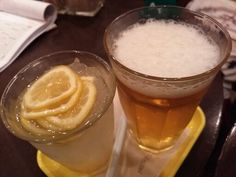 -FRESHNESS BURGER- Beer burger shop is unusual in japan. CLASSIC CHEESE BURGER COMBO $7.80 BEER SET $5.00 http://alike.jp/target/search_result_all.html?keywords=%E3%83%95%E3%83%AC%E3%83%83%E3%82%B7%E3%83%A5%E3%83%8D%E3%82%B9%E3%83%90%E3%83%BC%E3%82%AC%E3%83%BC