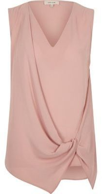 River Island Womens Light pink knot front sleeveless blouse River Island Womens Hellrosa ärmellose B Blouse Styles, Blouse Designs, Vintage Tea Dress, Sewing Blouses, Mode Chic, Summer Tops, Sleeveless Blouse, Blouses For Women, Fashion Dresses