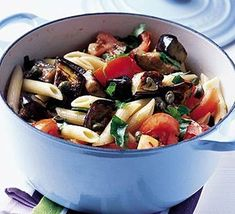 Tomato and aubergine pasta: quick, cheap, easy, vegan and open for throwing in whatever you have in handy This Picture by bethaniekugler The Recipe can b. Bbc Good Food Recipes, Vegetarian Recipes, Healthy Recipes, Veggie Pasta, Pasta Salad, Aubergine Recipe, Eggplant Pasta, Purple Food, Pasta Shapes