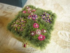 Birmingham Embroiderers Guild May 2011 Little Boxes (13) by Purple Heather, via Flickr