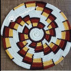 Tapestry Crochet Patterns, Crochet Mandala Pattern, Crochet Chart, Filet Crochet, Crochet Doilies, Tapestry Bag, Crochet Blocks, Weaving Art, Crochet Home