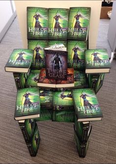 Created by the awesome people at Bloomsbury. Heir of Fire by Sarah J. Maas throne