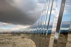 desert-x-phillip-k.smith-the-circle-of-land-and-sky-designboom-02