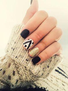 15 diseños con esmalte negro que querrás intentar este invierno