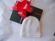 Pronte a realizzare un cappellino a ferri accorciati? Ecco lo schema maglia.