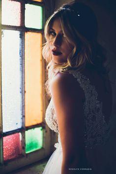 Niina foi clicada pelo fotógrafo Rodolfo Corradin em look Solaine Piccoli, com beleza de Daniel Carvalho e produção de Carol De Barba e Vítor de Souza. http://solainepiccoli.com.br/