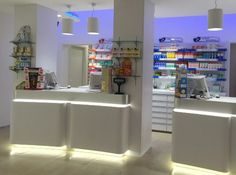 #farmacia #este #illuminazione #lighting #arredamento #furniture #design #led #banco