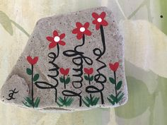 painted rock pebble art рисунки, к Pebble Painting, Love Painting, Pebble Art, Painted Rocks Craft, Hand Painted Rocks, Painted Stones, Rock Painting Ideas Easy, Rock Painting Designs, Stone Crafts
