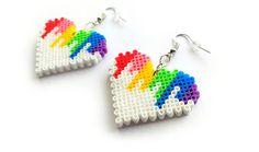 Pendientes de corazón colorido hecha a mano de por 8BitEarrings