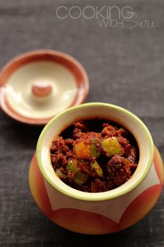 Cooking With Siri | Recipes, Reviews and Reflections.: Summer is here: Instant Mango Pickle | Mamidikaya Mukkala Pachadi | #IndianFoodPalooza