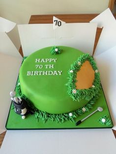 How bout 13 not 70 70th Birthday Cake For Men, Golf Birthday Cakes, 40th Cake, Golf Themed Cakes, Golf Cakes, Golf Course Cake, Paul Cakes, Biscuit Decoration, Retirement Cakes