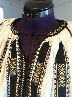 Folk Costume, Costumes, Folk Art, The Incredibles, Traditional, Embroidery, Blouse, Dresses, Fashion