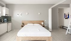 Rooms number 8 & Studios for 4 or 5 persons. Number 8, Apartments, Studios, Rooms, Bed, Furniture, Home Decor, Bedrooms, Decoration Home