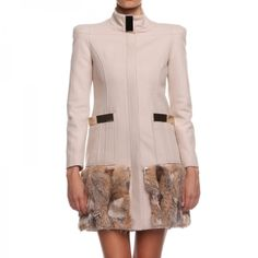NEW IN!  Cappotto Eloisette  http://shop.mangano.com/it/capispalla-donna/20240-cappotto-eloisette.html