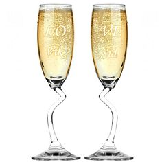 A twin set of Engraved Salsa Champagne Flutes are always the best accomplices of a great couple gift. Among the gifts that a newly wedded couple receives these will definitely stand out and speak for the glamorous taste of the one who chose them.