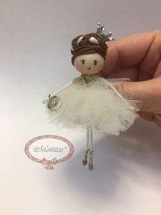 Brooch doll Ballerina Snow Jewelry di Mischic su Etsy