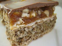 Explora Cuisine: Prajitura Snickers (Snickers Cake)