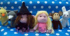 Blog sobre patrones gratis de tejidos al crochet y amigurumi Marionette, Crochet Gratis, Finger Puppets, Dinosaur Stuffed Animal, Christmas Ornaments, Knitting, Toys, Holiday Decor, Montessori