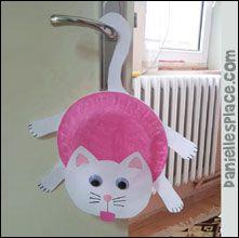 Cat Door Hanger Craft from www.daniellesplace.com