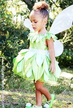 tinkerbell homemade costume | POST-IT-NOTE : Check out this easy and darling DIY Tinkerbell costume ...