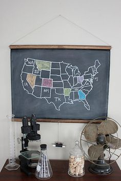 21 Things Every Traveler Wishes They Owned - I like this. Always wanted to see every state, and mark a map as I went.