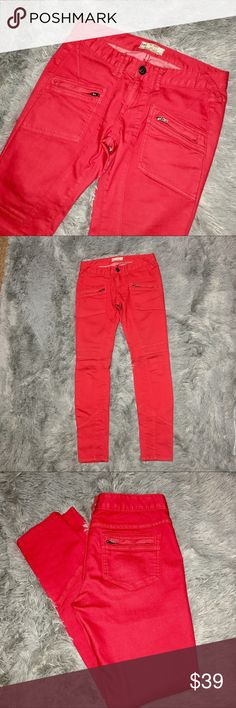 Free People Red Seamed Accent Zipped Jeans W27 Free People Red Seamed Accent Zipped Jeans W27, skinny leg with wrapped seams, both front pockets and back pockets have zippered closure. Free People Jeans Skinny