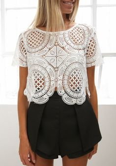 stunning lace top: great for a party