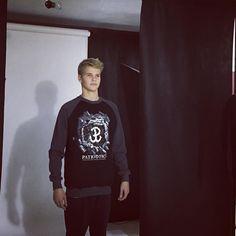 Sesja trwa efekty juz niebawem na www.cliffsport.pl  #photography #photoshoot #studio #patriotic #polskawalczaca #kotwica #bluza #zdjecia #sesja #cliffsport #polishboy #workhard #madeinpoland #polskienajlepsze #odziezpatriotyczna