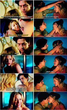 Riverdale (2x22 & 3x01)