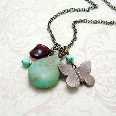 Vintage necklace #fashion #jewelry #beautiful #elegant #women's fashion jewelry #necklace #vintage jewelry