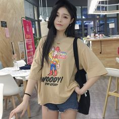 Real shot 2017 spring and summer new fashion loose cartoon character printing fashionable hole leisure short sleeve T shirt