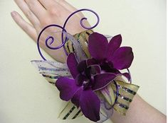 Really love this Orchid Bracelet. Will make one for myself one day :)