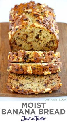 This super-moist banana bread recipe is totally foolproof, takes minutes to make and is loaded with your choice of mix-ins. | The Ultimate Moist Banana Bread recipe from justataste.com #moistbananabread #bananabreadrecipe #recipes #easybananabread #quickbread Super Moist Banana Bread, Easy Banana Bread, Banana Bread Recipes, Quick Bread, Easy Desserts, Dessert Recipes, Best Bread Recipe, Peanut Butter Filling, Retro Recipes