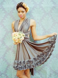 visit The Bride's Cafe to see more from this beautiful bridal shoot…captured by Amelia Johnson