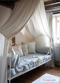 ... Canopy Bed - White Twill SINGLE. Image 1