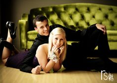 This is a cute pose for any couple. engagement too Prom and Homecoming Couples. RS Dance - Awesome posing and marketing ideas. Homecoming Poses, Homecoming Pictures, Prom Poses, Senior Prom, Homecoming Dresses, Senior Photography, Couple Photography Poses, Photography Business, Photography Ideas