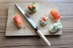 Facts About Sushi Knife - Most Appropriate for Professional Sushi Chefs? - Easy Hacks for All Types of Knives Sushi One, Best Sushi, Food Truck, Chefs, Chef Shows, Types Of Knives, Sushi Rolls, Japanese Culture, Food Items