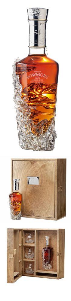 Bowmore's beautiful 1957 No. A fantastic soft whisky. Cigars And Whiskey, Bourbon Whiskey, Whiskey Bottle, Alcohol Bottles, Liquor Bottles, Scotch Whisky, Single Malt Whisky, Liqueur, Wine And Spirits