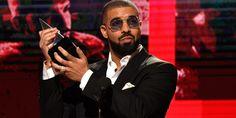 Drake domina a 44ª edição dos American Music Awards e bate recorde de Michael Jackson  https://angorussia.com/cultura/musica/drake-domina-44a-edicao-dos-american-music-awards-bate-recorde-michael-jackson/