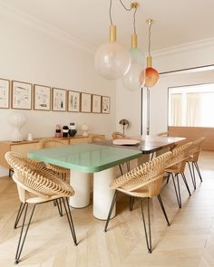 Who said a dining room table had to be a one piece? dining diningroom pastels lighting decor design beauty interior paris french home decor Via Pink Vintage, Rustic Winter Decor, Decoracion Vintage Chic, Pink Table, Parisian Apartment, Home Living, Dinner Table, Home Accents, Interior Decorating
